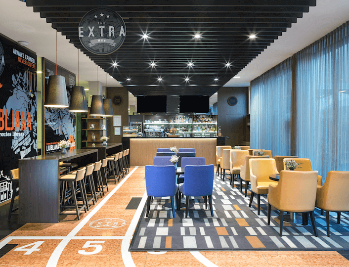 bar-the-extra-mile